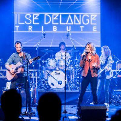 Ilse DeLange tribute boeken