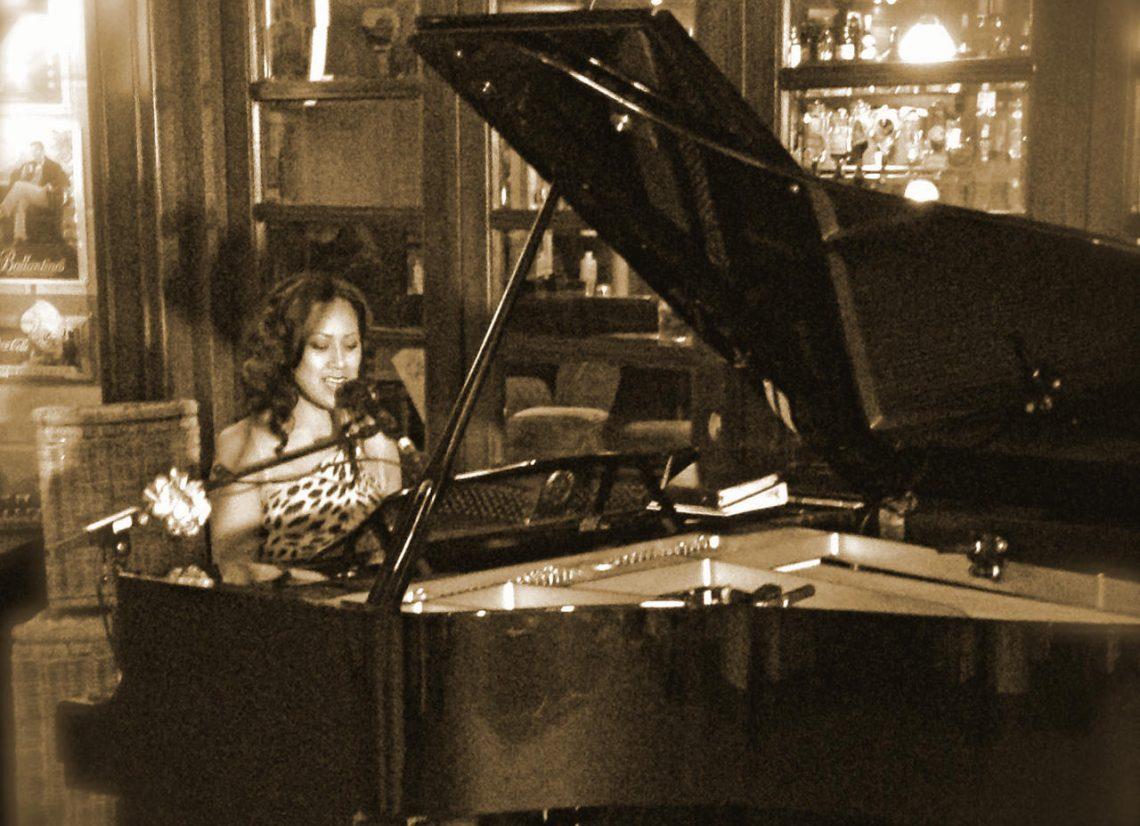 pianiste zangeres debora hulskamp boeken