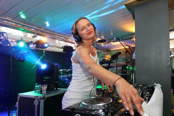 DJ Miss Behave boeken